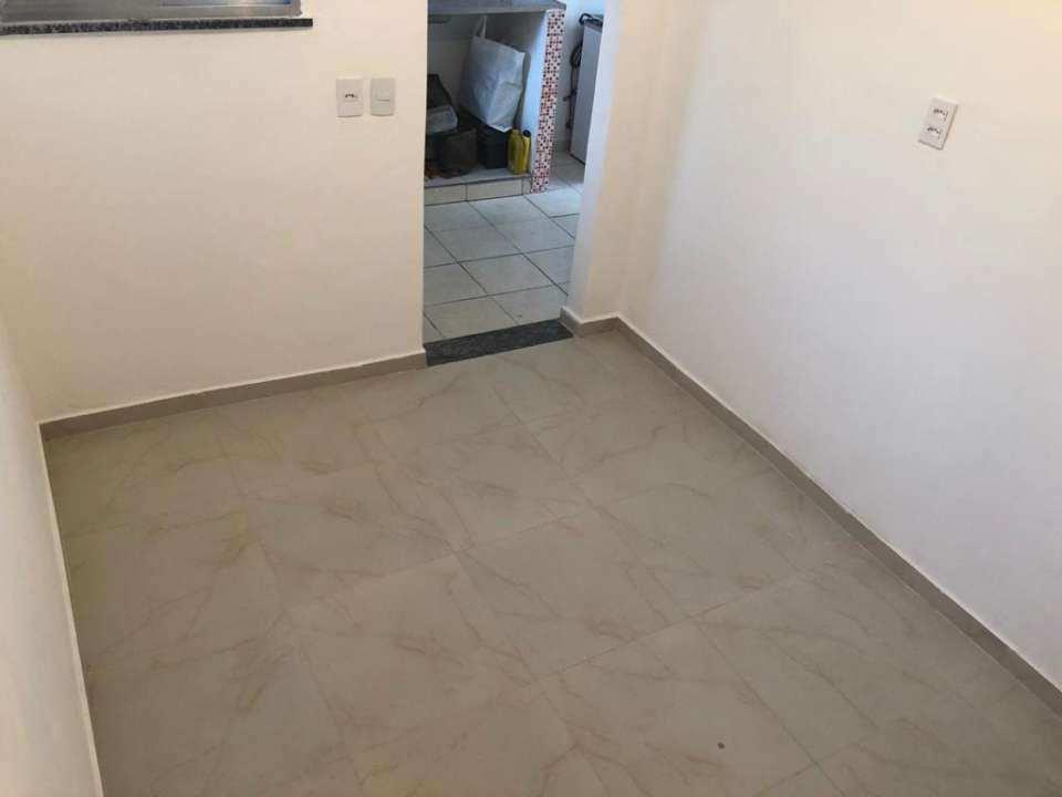 Casa para alugar Rua Ubiratã,Higienópolis, Rio de Janeiro - R$ 650 - 3823 - 3