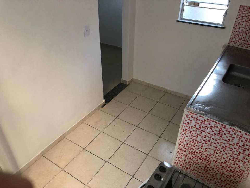 Casa para alugar Rua Ubiratã,Higienópolis, Rio de Janeiro - R$ 650 - 3823 - 8