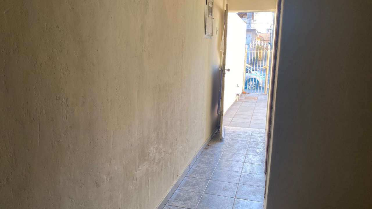 Casa para alugar Rua Firmino Gameleira,Olaria, Rio de Janeiro - R$ 1.300 - 505 - 9