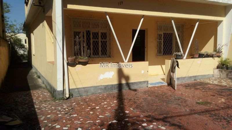Casa Rua Monclaro Mena Barreto,Vila Valqueire,Rio de Janeiro,RJ À Venda,3 Quartos,145m² - 608 - 1