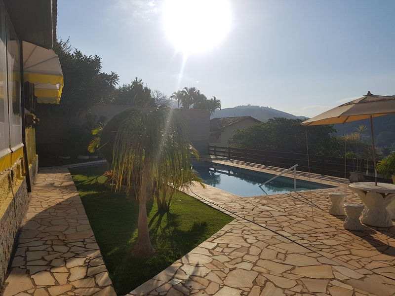 Excelente oportunidade, casarão com 5 quartos, piscina e 300 m² de área construída! - cssan - 8