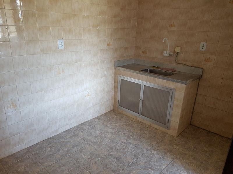 Apartamento com 2 quartos no centro de Miguel Pereira, excelente localização. - apcen - 11