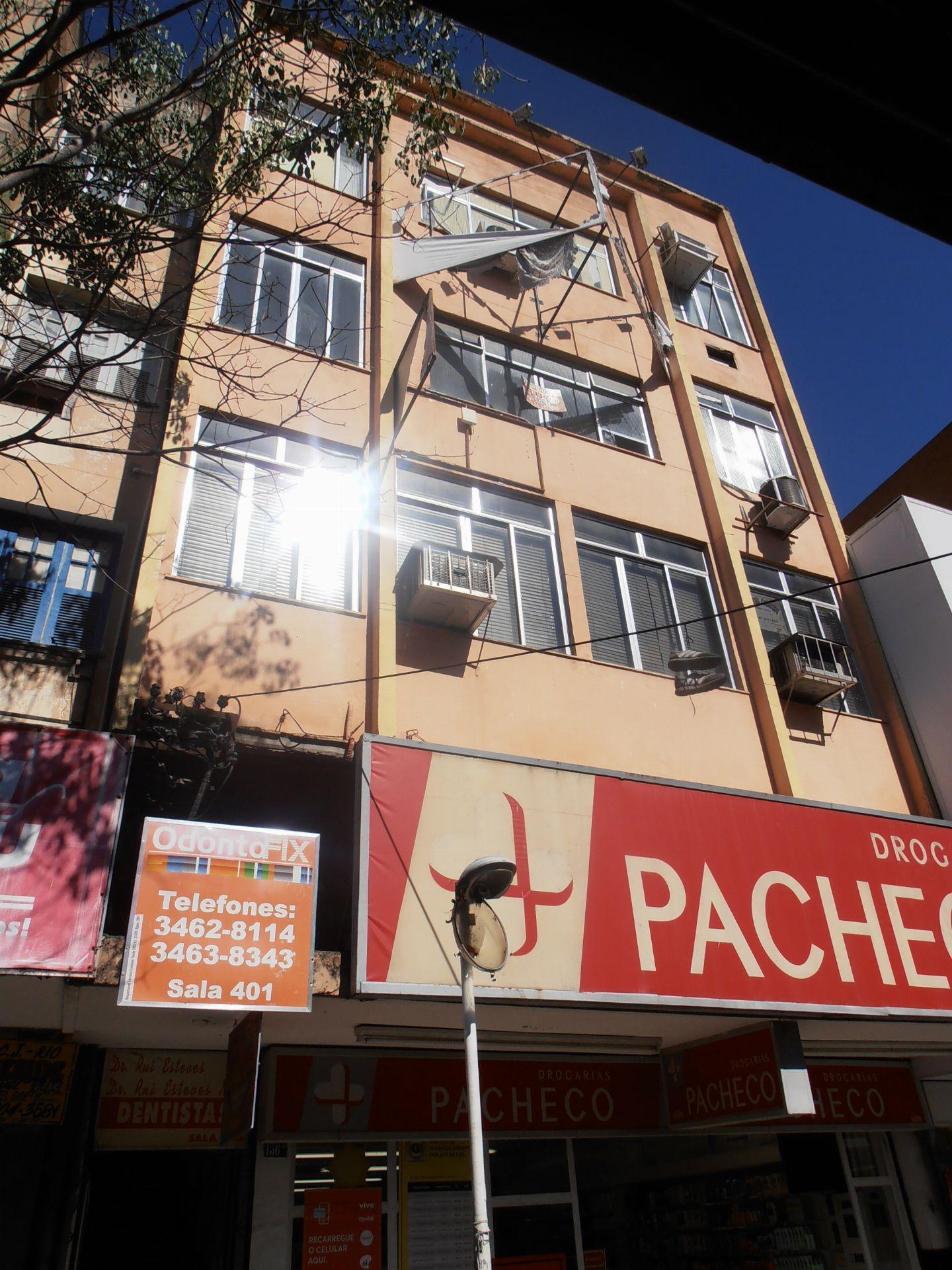 Apartamento para alugar Avenida Cônego de Vasconcelos,Bangu, Rio de Janeiro - R$ 550 - SA0107 - 1
