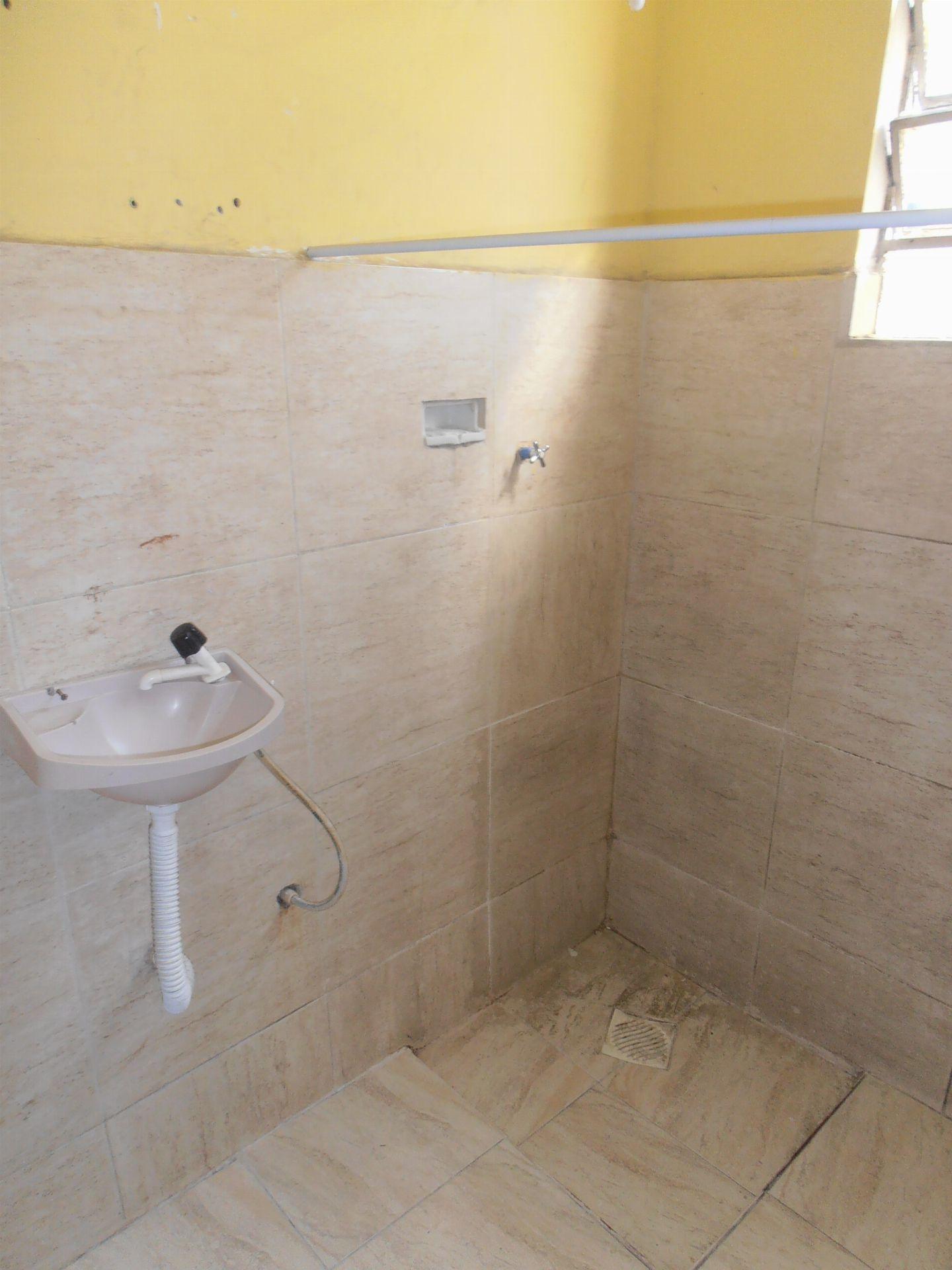 Apartamento para alugar Avenida Cônego de Vasconcelos,Bangu, Rio de Janeiro - R$ 550 - SA0107 - 13