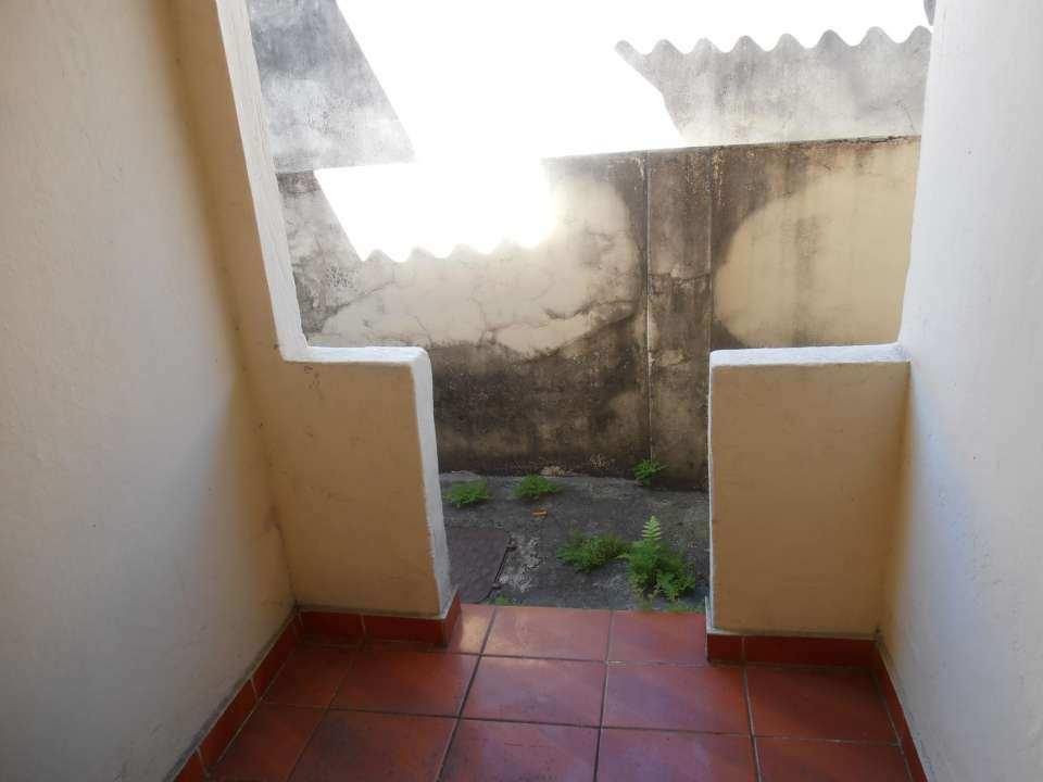 Casa para alugar Estrada da Água Branca,Realengo, Rio de Janeiro - R$ 600 - SA0015 - 32