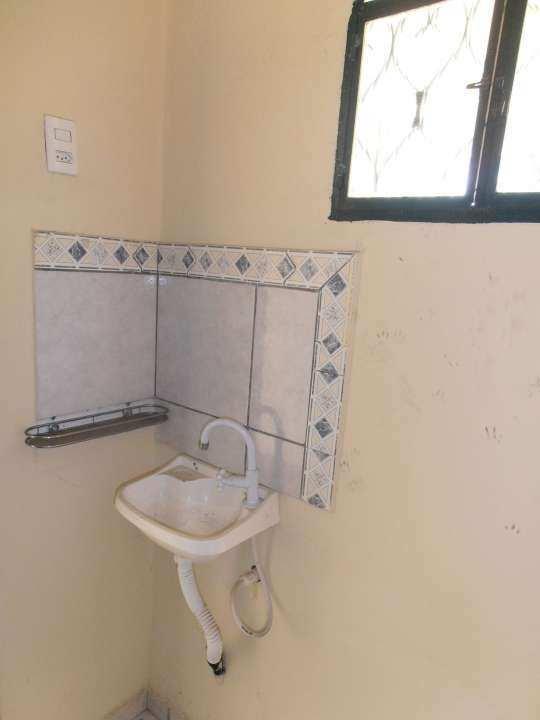 Casa 1 quarto para alugar Realengo, Rio de Janeiro - R$ 600 - SA0016 - 25