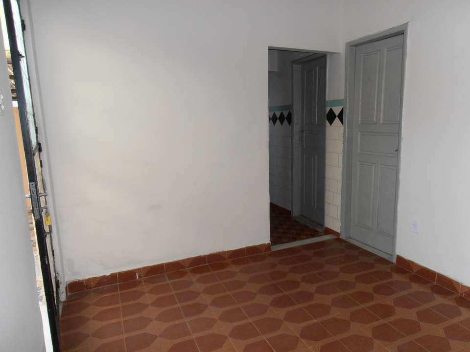 Casa para alugar Rua Acesita,Bangu, Rio de Janeiro - R$ 780 - SA0121 - 15