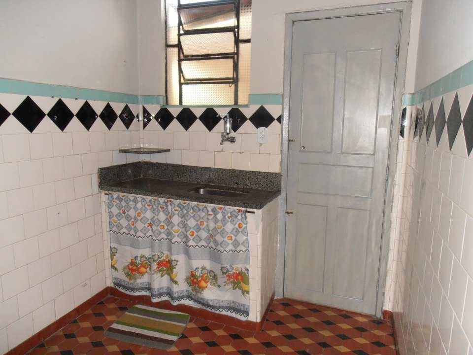 Casa para alugar Rua Acesita,Bangu, Rio de Janeiro - R$ 780 - SA0121 - 32