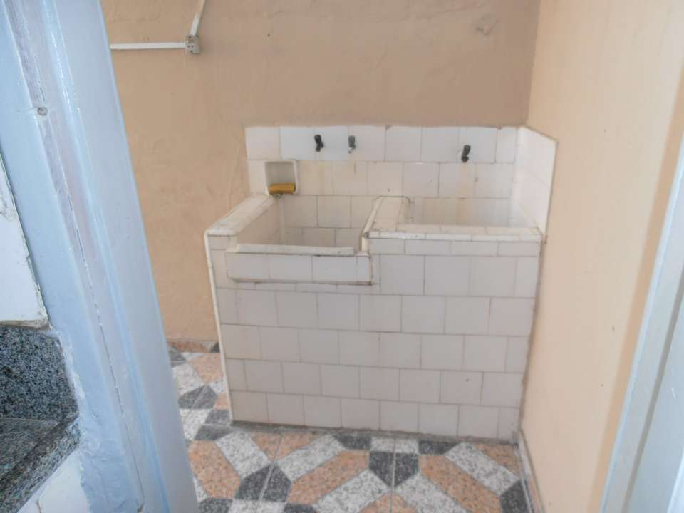 Casa para alugar Rua Acesita,Bangu, Rio de Janeiro - R$ 780 - SA0121 - 36