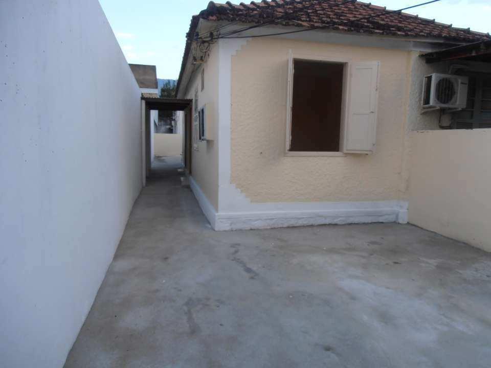 Casa para alugar Rua Tupiaçu,Padre Miguel, Rio de Janeiro - R$ 800 - SA0144 - 7