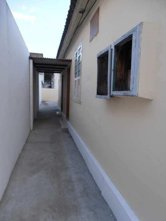 Casa para alugar Rua Tupiaçu,Padre Miguel, Rio de Janeiro - R$ 800 - SA0144 - 8
