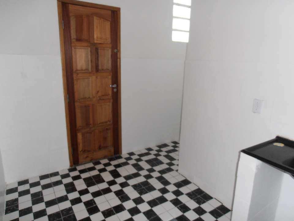 Casa para alugar Rua Tupiaçu,Padre Miguel, Rio de Janeiro - R$ 800 - SA0144 - 25
