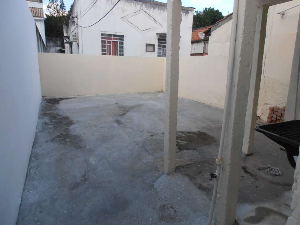 Casa para alugar Rua Tupiaçu,Padre Miguel, Rio de Janeiro - R$ 800 - SA0144 - 42