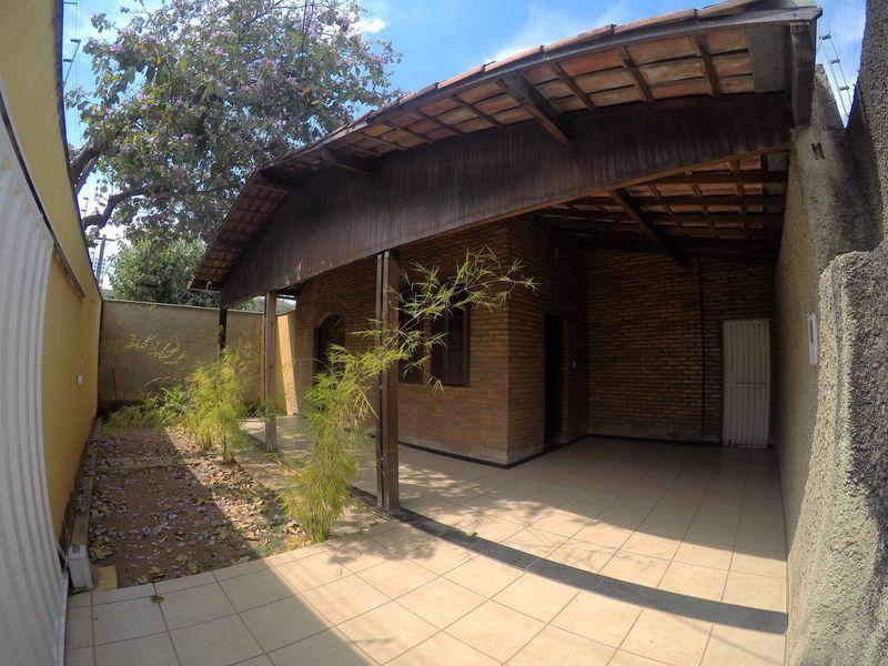Casa Centro,Pedro Leopoldo,MG À Venda,2 Quartos - vcs026 - 1
